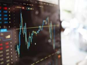 Coinmarketcap atkal pievērš uzmanību kriptovalūtas cenām Korejas biržās