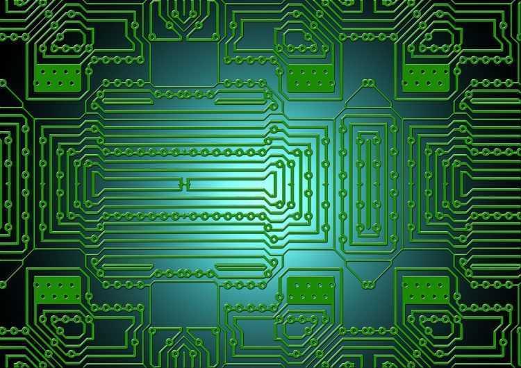 NVIDIA un AMD bez maineriem