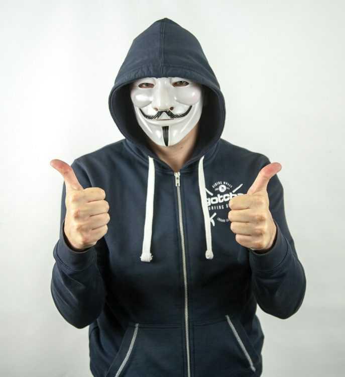 Dažus mēnešus pēc tam, kad tika laists klajā drošības uzlabošanas patches MikroTik rūteriem, simtiem tūkstošu lietotāju, kuri neinstalēja atjauninājumu, netīši kļuva par anonīmās kriptovalūtas Monero maineriem