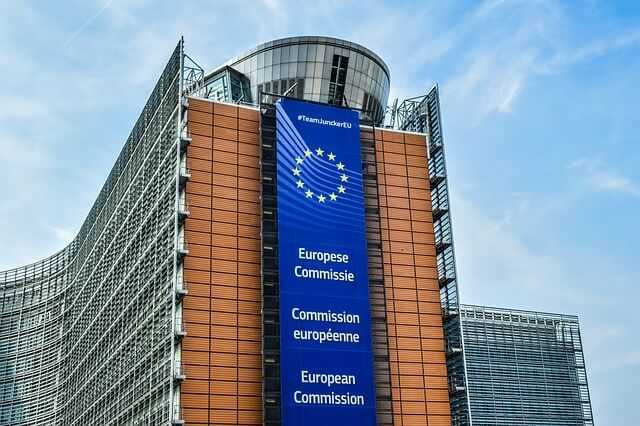 ESMA (European Securities and Markets Authority)