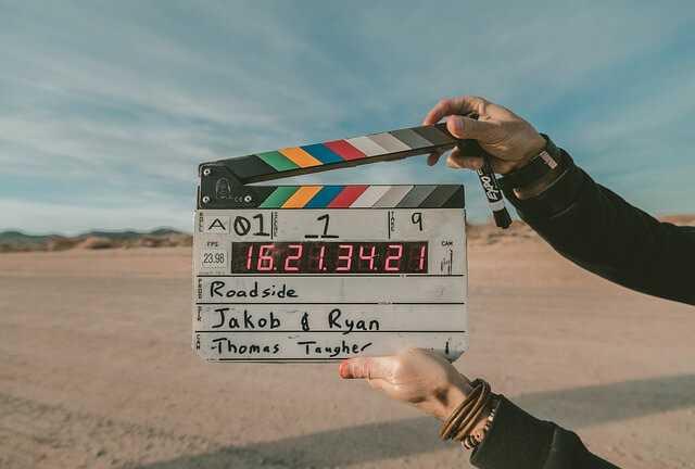 """""""Twen Peaks"""" izveidotājs Deivids Linčs kļūst par slavenās blockchain studijas producentu"""
