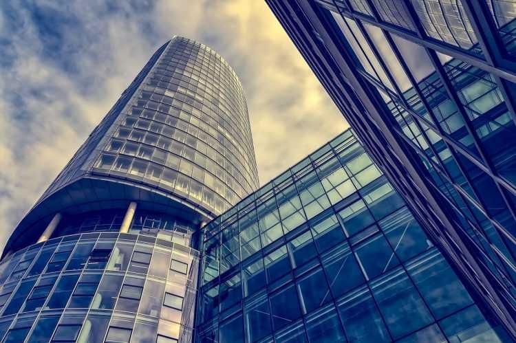 SoFi un Coinbase piedāvās veikt investīcijas bitkoinos