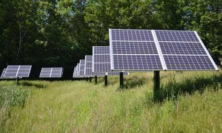 Pētījums: vairāk nekā 74% no bitkoinu apjoma tiek iegūti, izmantojot atjaunomo enerģiju
