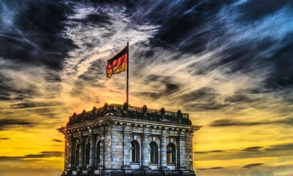 Vācijas finanšu ministrs: Facebook nevajadzētu atļaut konkurēt ar eiro