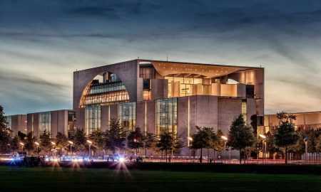 Vācijas CB aicina neiejaukties kripto projekta Libra attīstībā