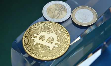 """Vai Bitkoins nakotnē var kļūt par investīciju """"glābiņu"""""""
