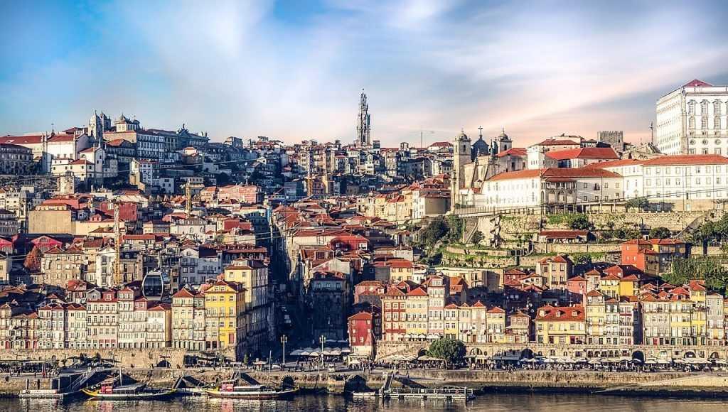 Portugālē neapliks ar nodokļiem kriptovalūtu maksājumus un treidingu
