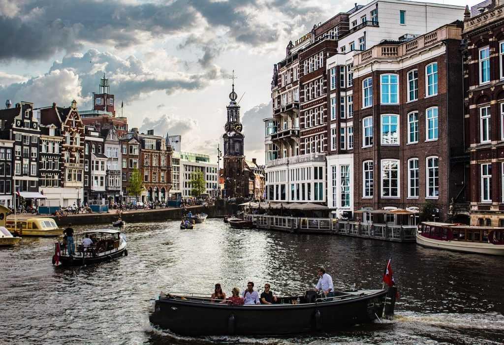 Nīderlande aizliegs nereģistrētas kripto kompānijas