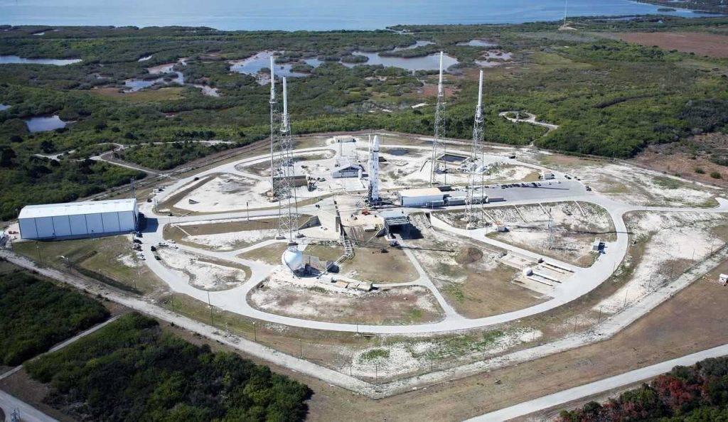Kompānija SpaceX palaidusi kosmosā vēl 60 satelītus