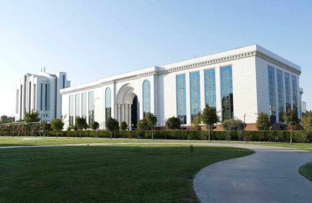 Uzbekistāna izveidos maininga pūlu nacionalā līmenī un atklās kripto biržu