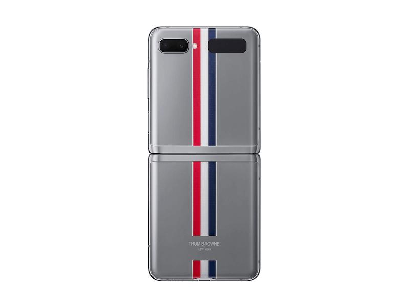 Iepriekš bijām dzirdējuši par Samsung Galaxy Z Flip Thom Browne Edition, šī versija tika izveidota sadarbībā ar ikonisko Ņujorkas modes zīmolu