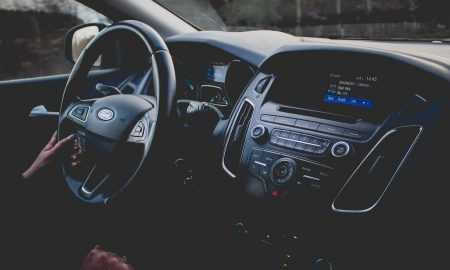 iPhone un pulkstenis Apple Watch spēs aizstāt automašīnas atslēgas