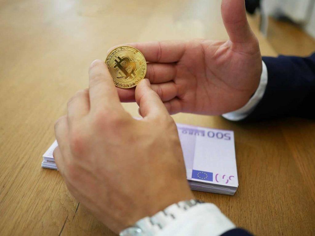 Barijs Silberts: bitcoin cena pozitīvi reaģēs uz centrālo banku digitālo valūtu izlaišanu
