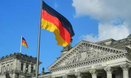 Vācijā vairāk nekā 40 bankas interesējas par iespēju uzglabāt un strādāt ar kriptovalūtu