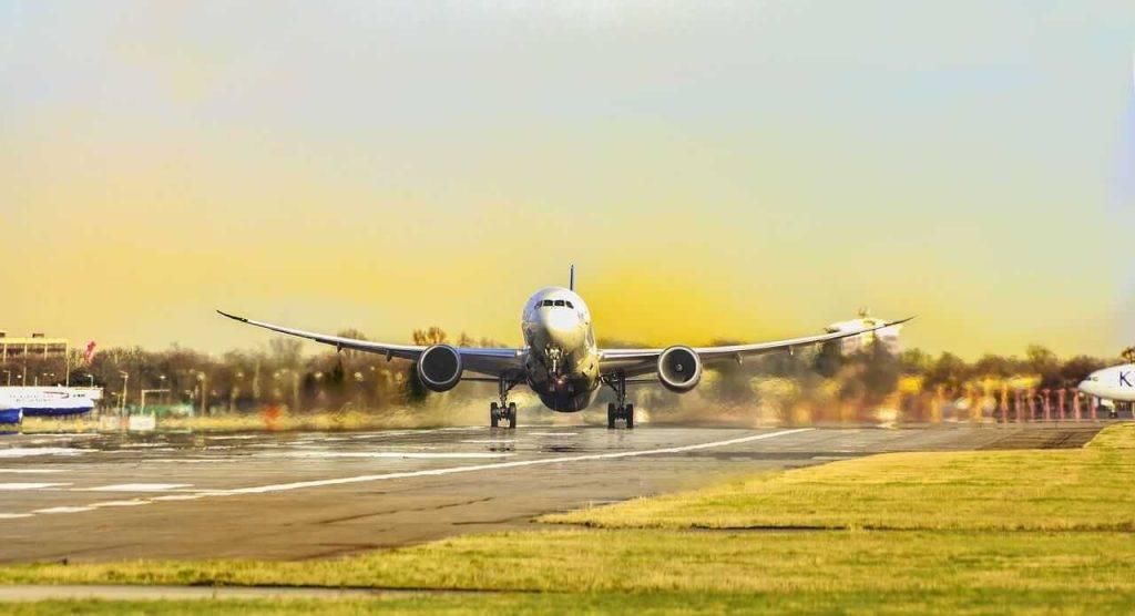 Drīzumā aviokompānijas Norwegian Air klienti par lidojumiem varēs samaksāt ar kriptovalūtu