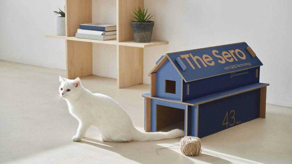 Samsung televizoru kastes pārvēršas par kaķu mājām 2020