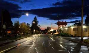 Džons Makafi apsolījis 500 $ par labāko tukšo pilsētu fotogrāfiju