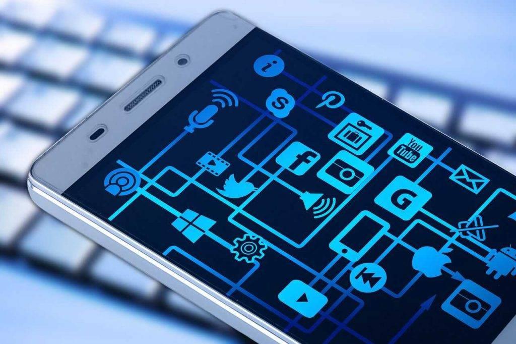 Lielbritānijas maksājumu platforma Checkout pievienojusies Facebook Libra Association