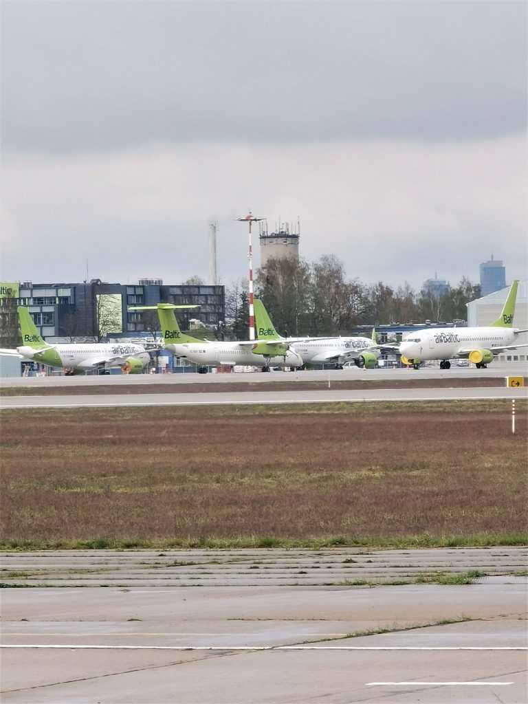 Air Baltic Zoom 2