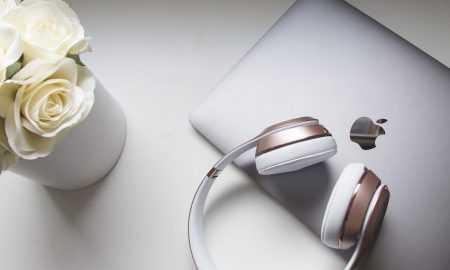 Apple jaunākās austiņas AirPods Studio 2020