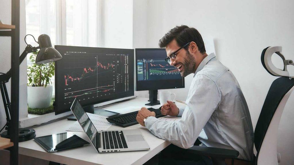 Bitkoina halvinga dienā kriptovalūtu birža Currency.com atcels komisijas maksas par darījumiem ar BTC