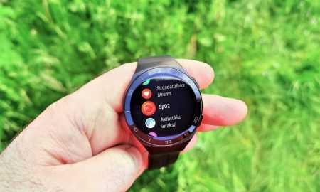 Skābekļa daudzuma noteikšana asinīs (SpO2) ar viedtelefonu Huawei P40 Pro