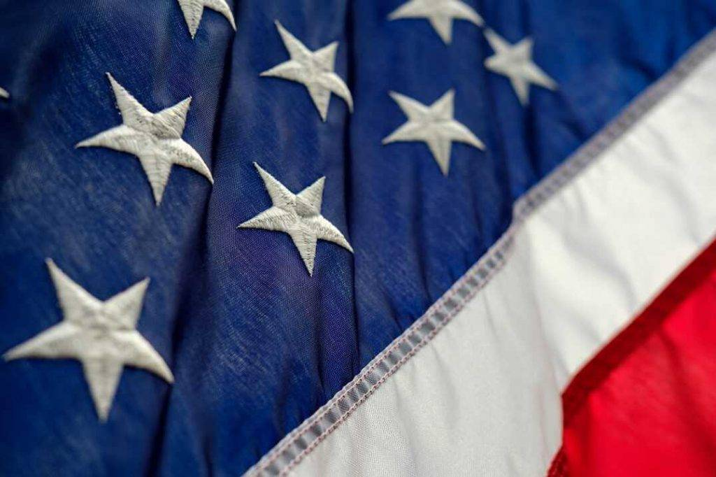 Braiens Armstrongs no Coinbase komentēja sadarbību ar ASV varas iestādēm