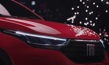 Fiat Strada reklāma ar Elisu Presliju