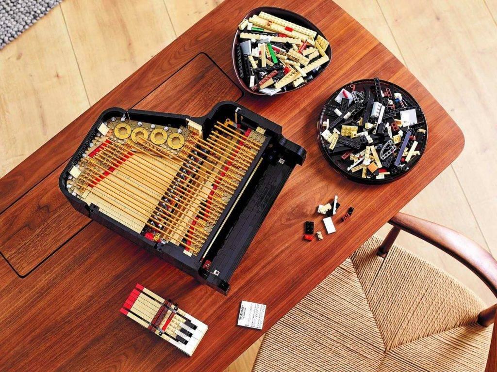 Lego Piano konstruktors 1