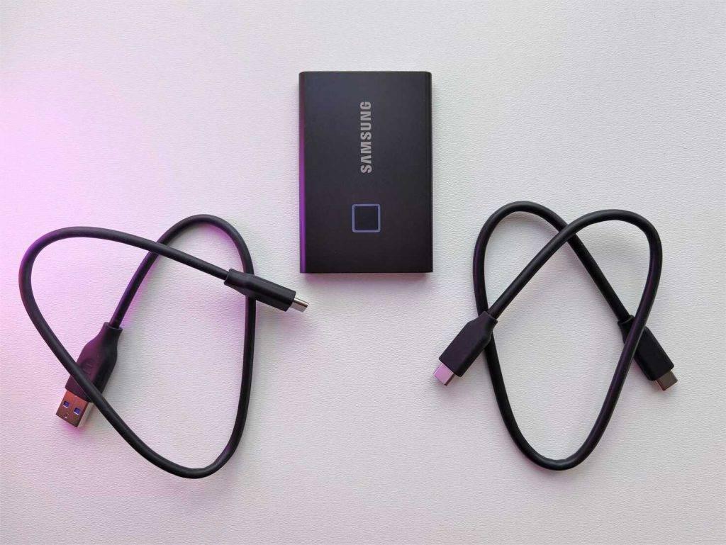 Samsung ārējais cietais disks ar pirksta nospiedumu