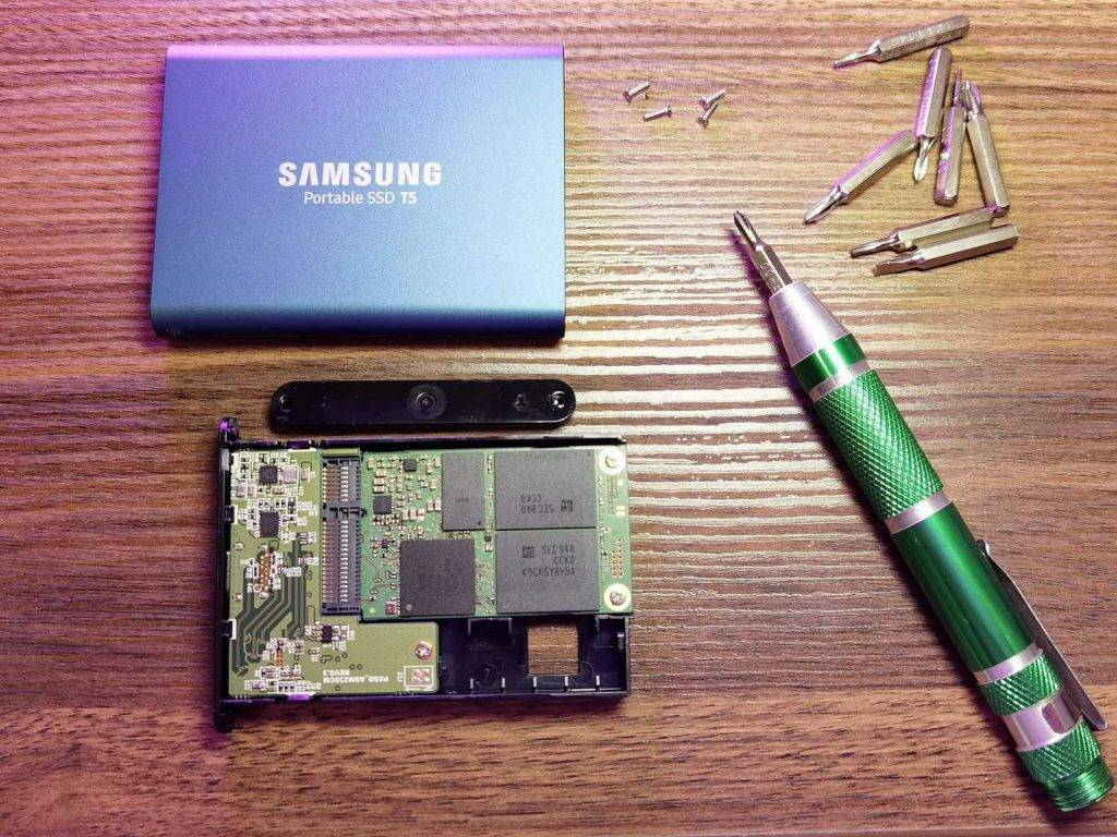Samsung T5 izjauksana