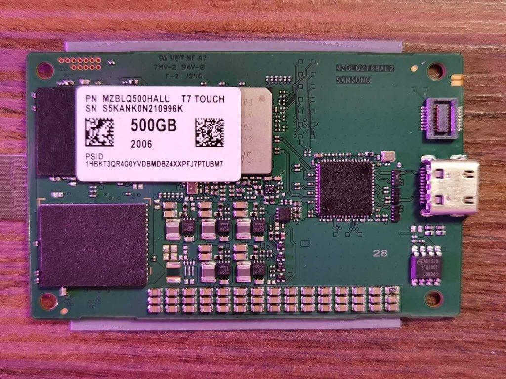 Samsung T7 Touch ārēja disk komponentes