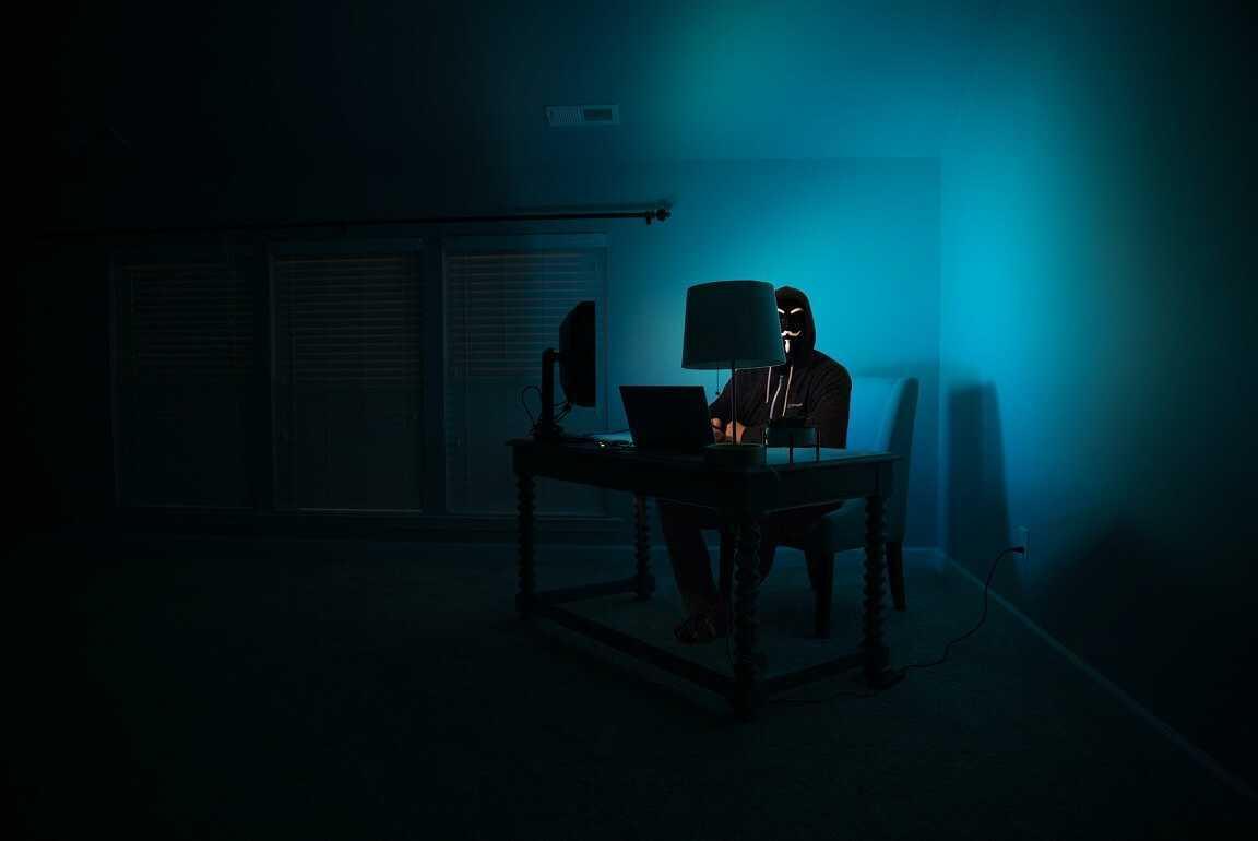 Arvien uzdarbojas krāpnieki, kas ar viltu izmāna internetbankas pieejas datus; Valsts policija aicina būt uzmanīgiem