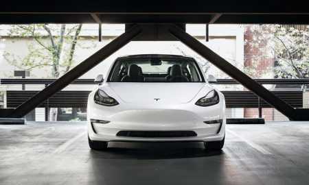 Kompānijas Tesla jaunumi