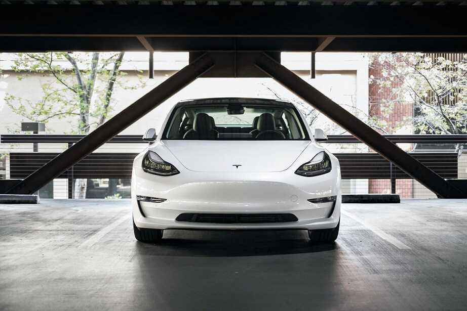 Tesla divu faktoru autentifikacija