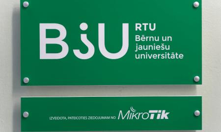 Ādažu vidusskolā darbu uzsāk RTU bērnu un jauniešu universitāte 2020