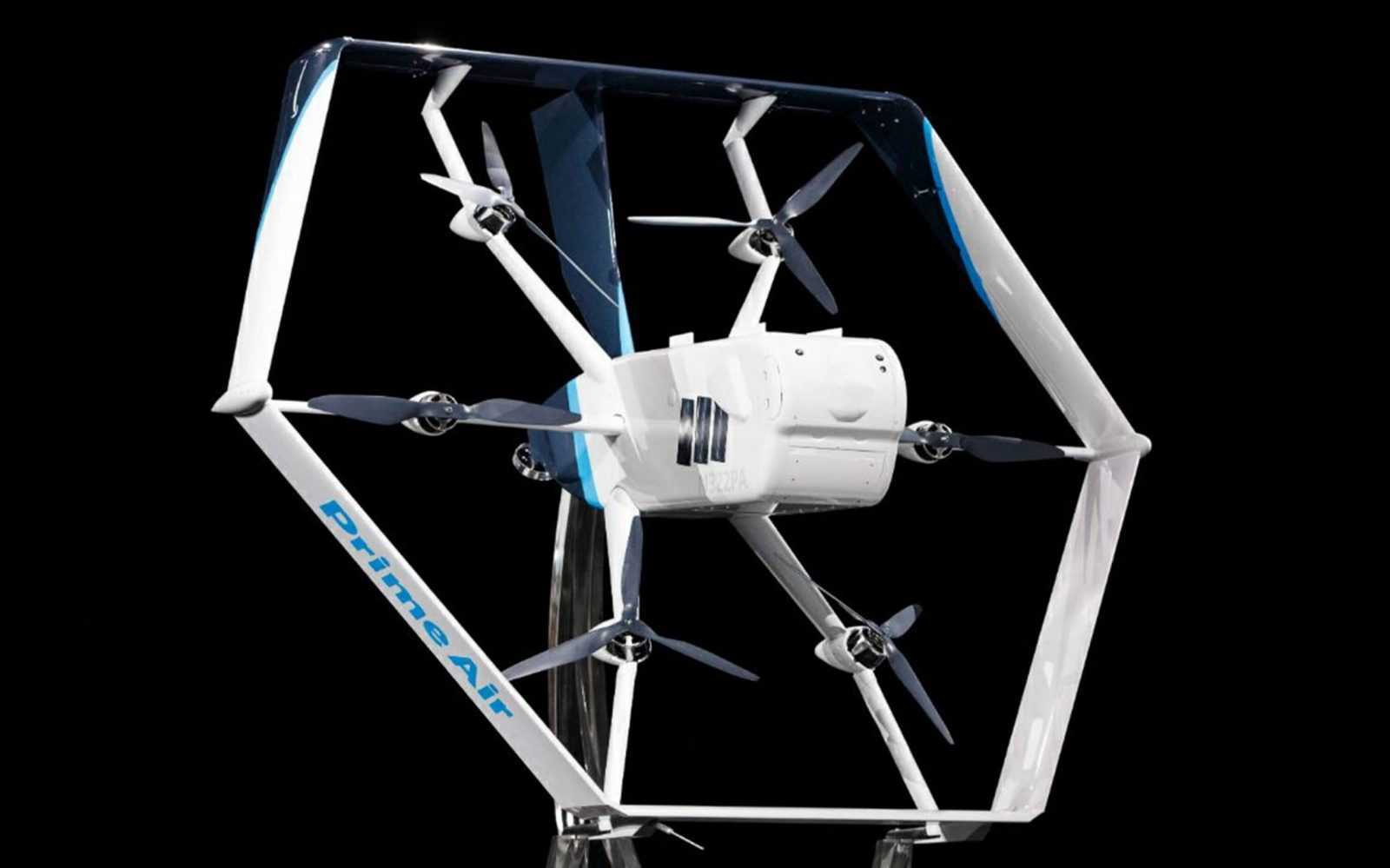 Kompānijas Amazon preču piegāde ar droniem