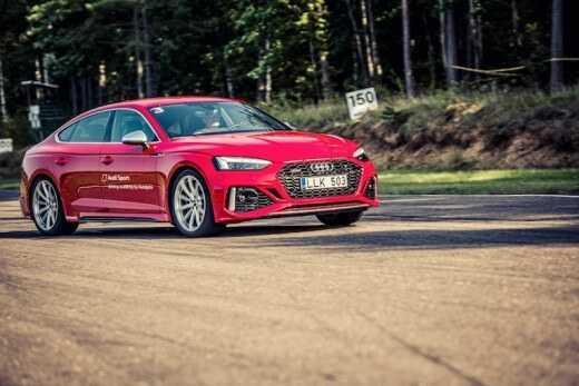 Audi RS izaicina saciksu trasi Lietuva