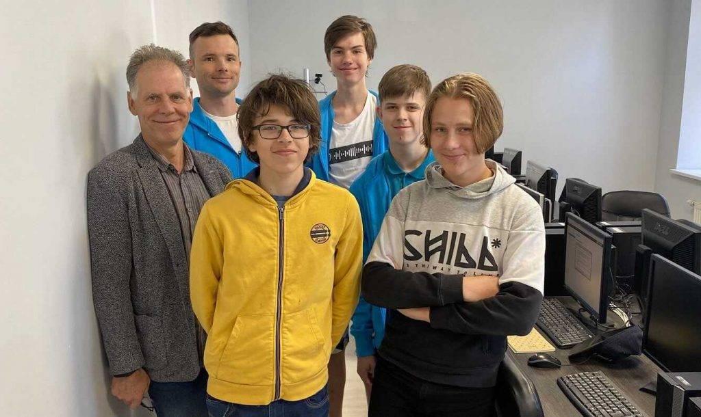 Eiropas jauniešu informātikas olimpiādē skolēns no Latvijas izcīna zelta medaļu