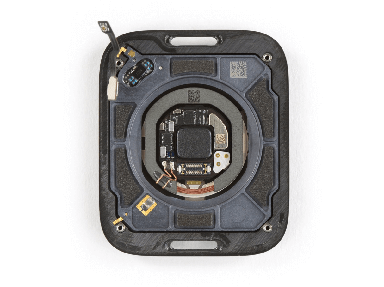 Izjaukt Apple Watch Series 6 foto 4