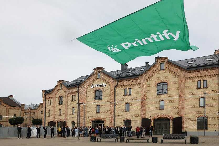 Printify atklaj uzņemuma jauno eku Spikeru kvartala 6