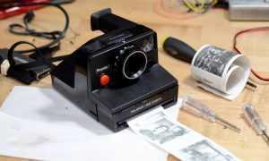 Vai iespējams vecu Polaroid fotokameru pārveidot par digitālu kameru