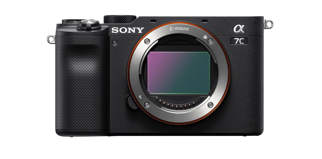Sony izziņo Alpha 7C kameru un 28-60 mm tālummaiņas objektīvu