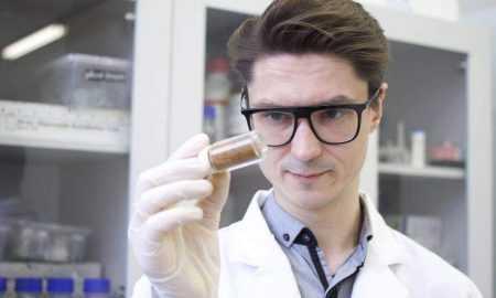 RTU zinātnieki attīsta materiālu, kas uz dažādām virsmām palīdzētu iznīcināt koronavīrusu