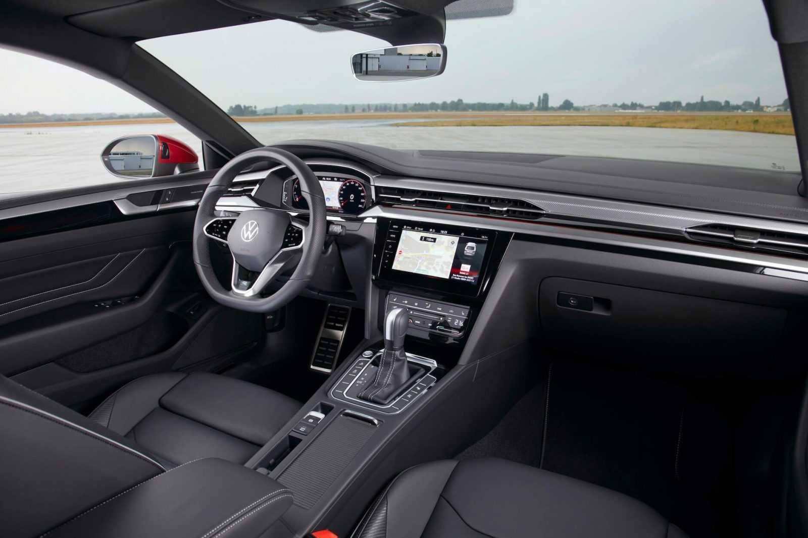 Jaunais Arteon efektīvs un ekskluzīvi pievilcīgs automobilis