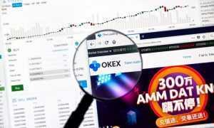 Apturētas izmaksas biržā Okex