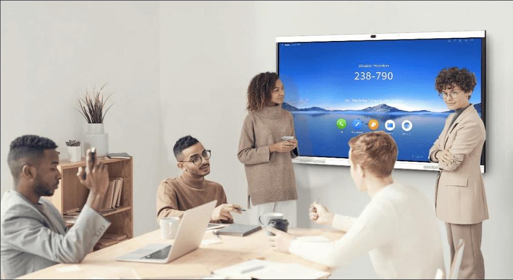 Huawei laiž klajā jaunākās paaudzes viedā biroja rīku IdeaHub