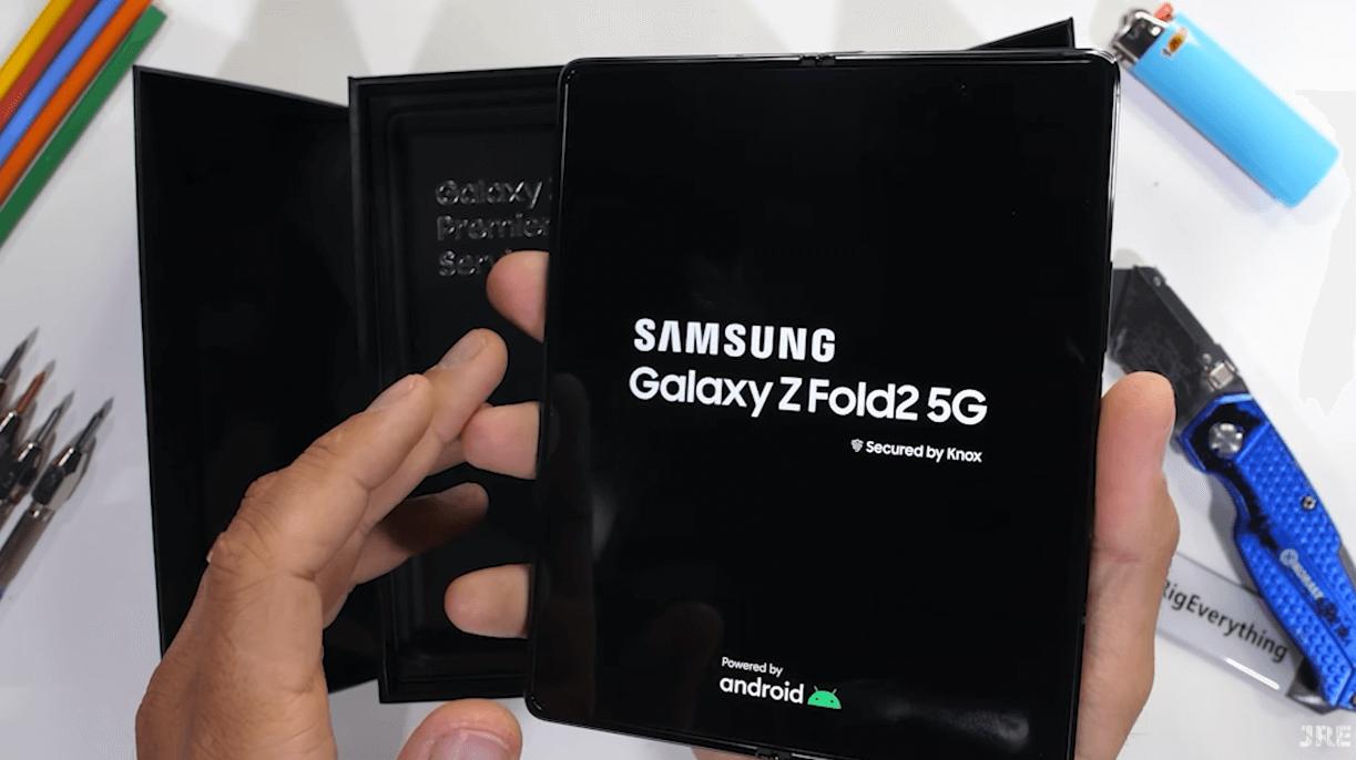Samsung Z FOLD 2 izturibas tests