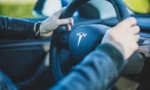 Tesla autopilota testu video
