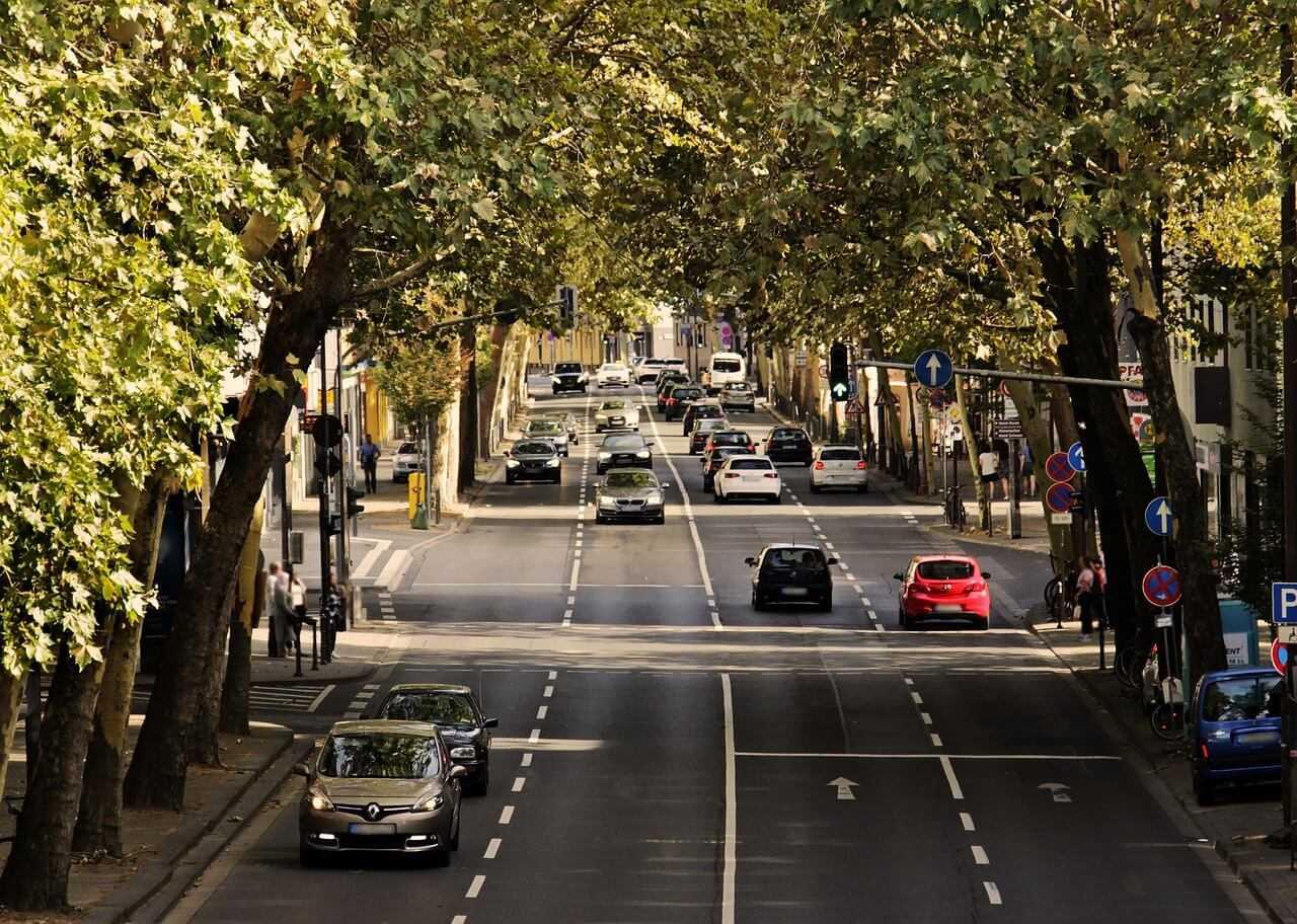 Apstiprinātās nodokļu izmaiņas veicinās videi draudzīgu un energoefektīvu transportlīdzekļu iegādi